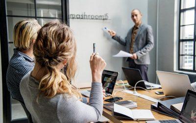 Se aprueba una directiva europea que obligará a las empresas de más de 50 trabajadores y a administraciones públicas a implantar un canal de denuncias internas en su organización.